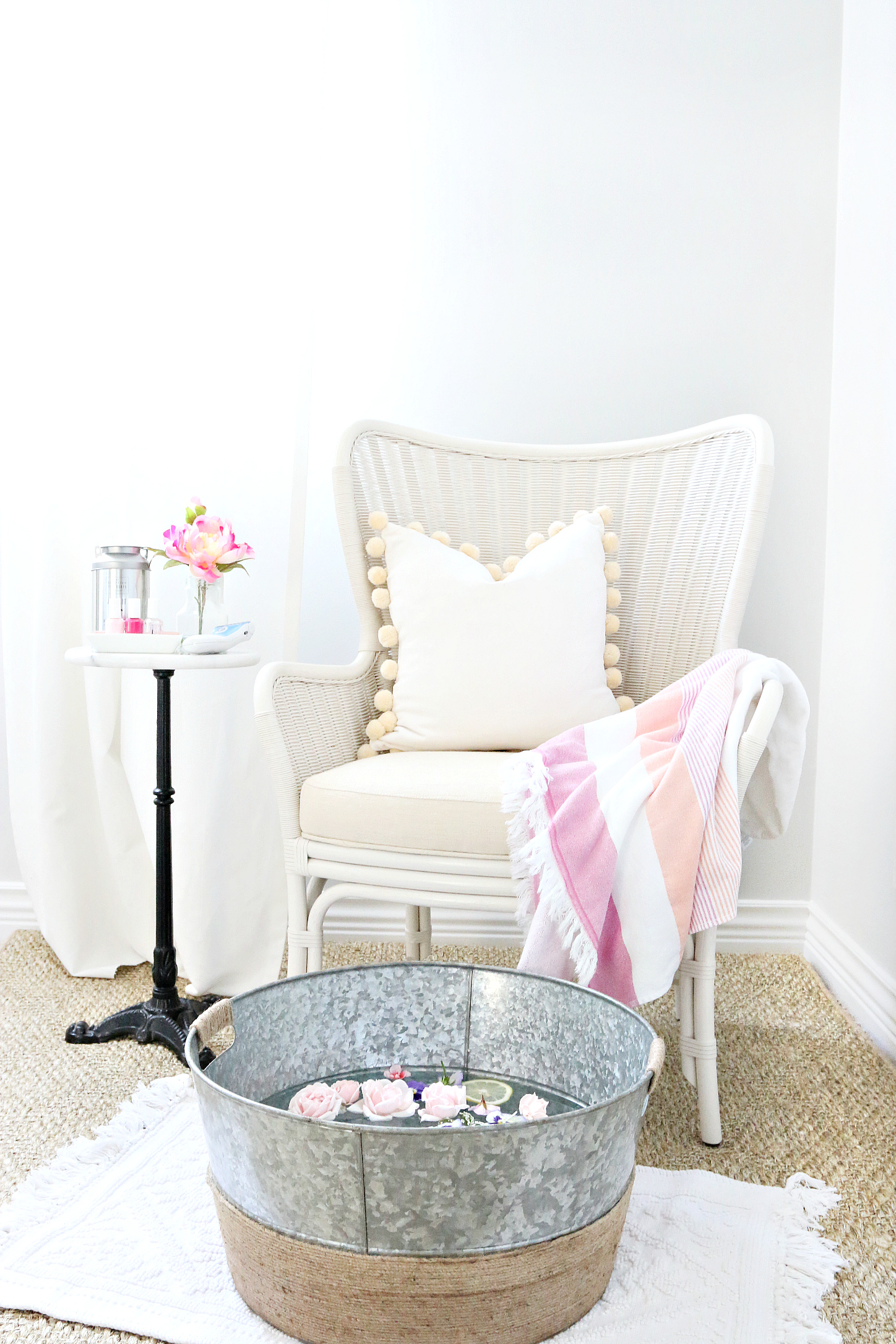 Home Pedicure | MH by Monika Hibbs | Bloglovin'