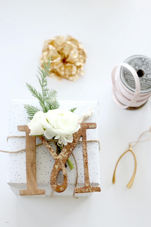 Gift Wrapping Monogram