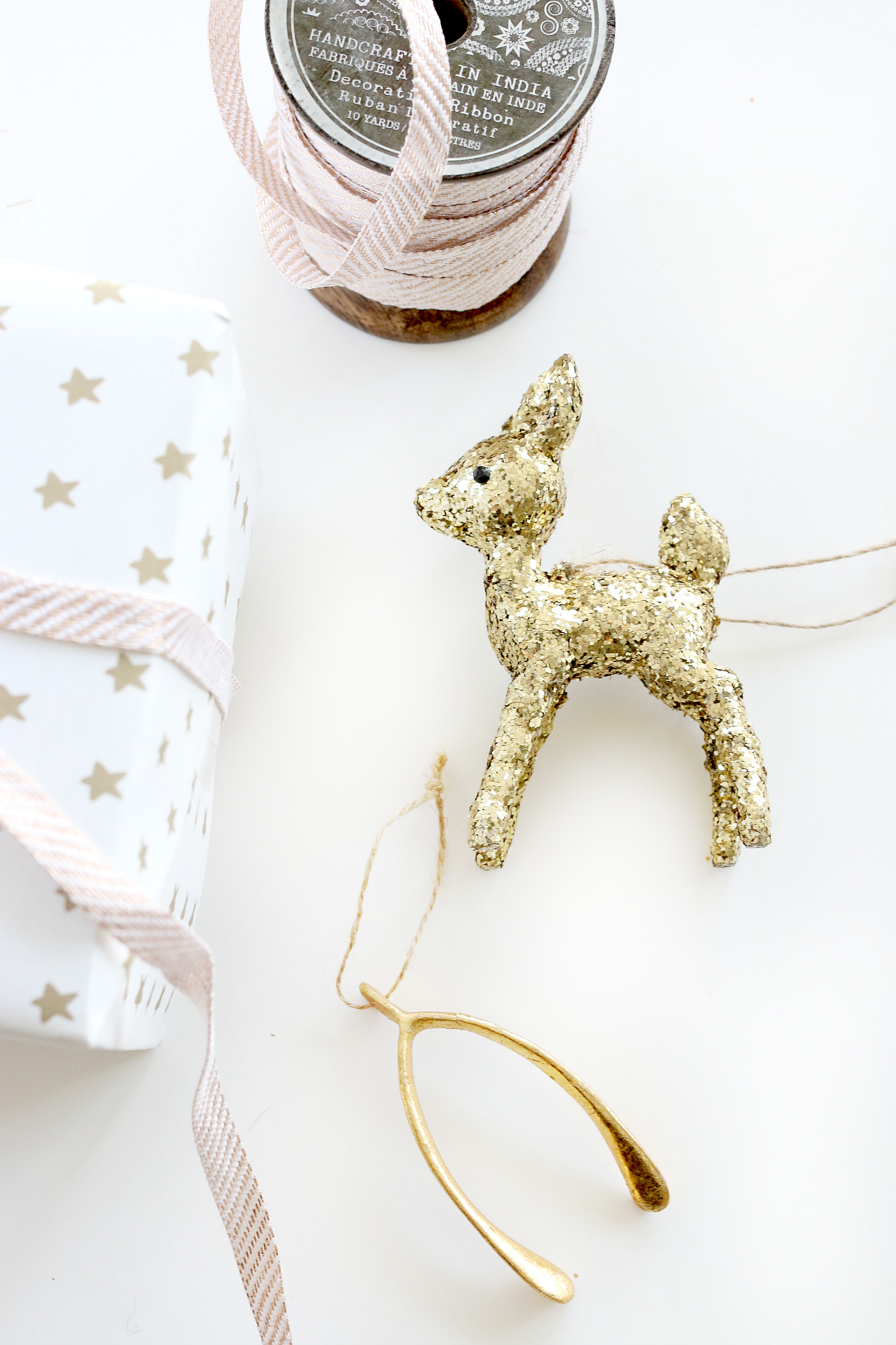 Gift Wrapping details
