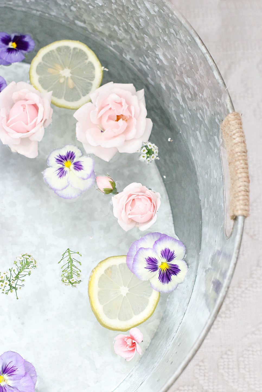 Pedicure Bath Flowers