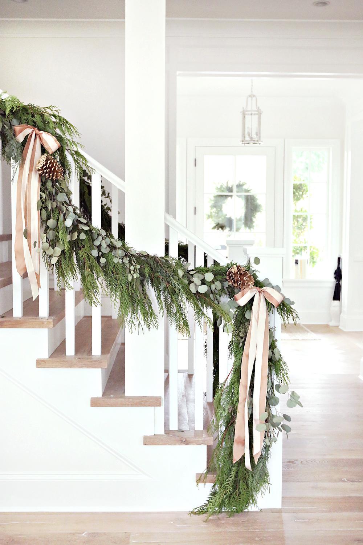 Christmas Garland stairs