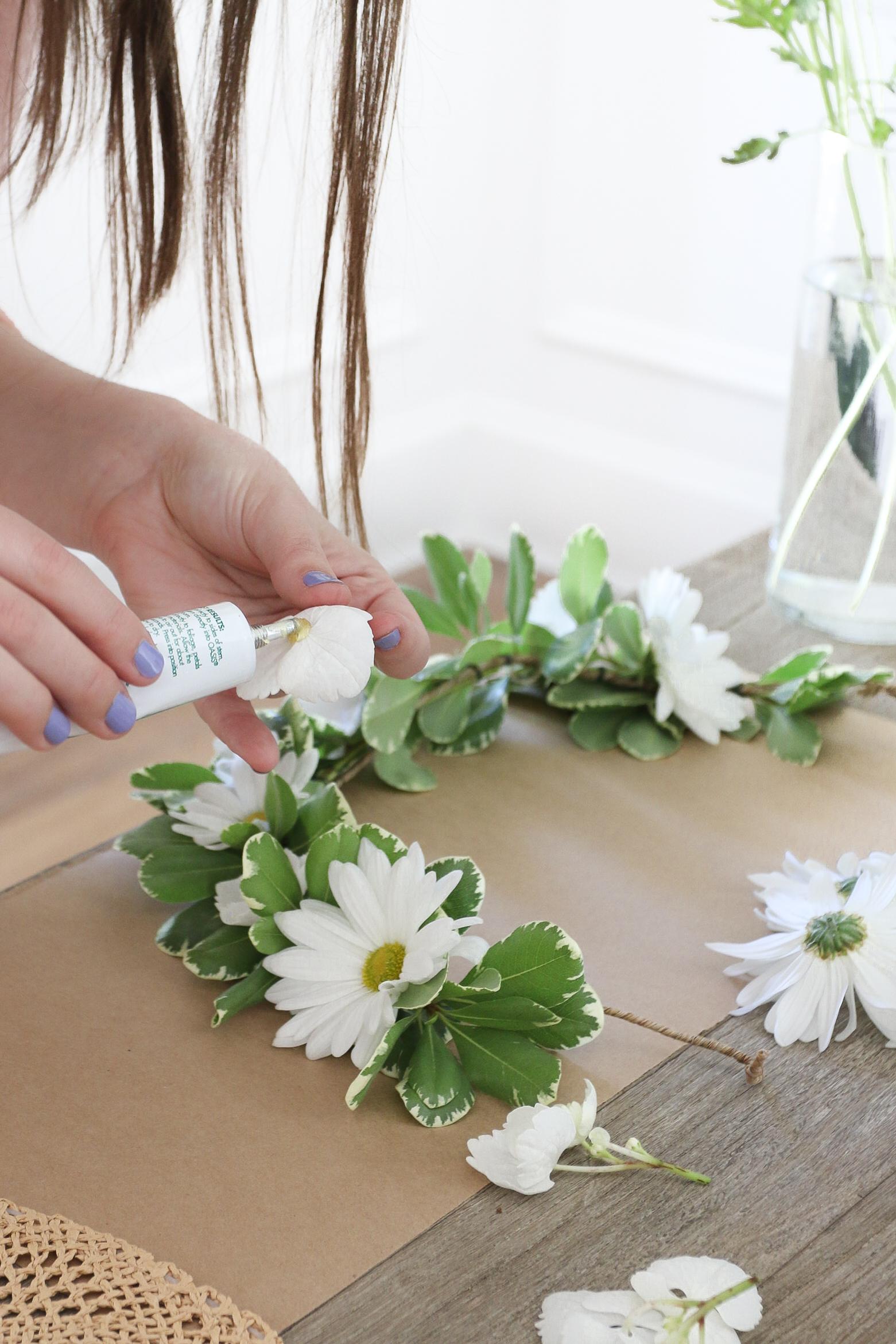 DIY Floral Sun hat Monika Hibbs