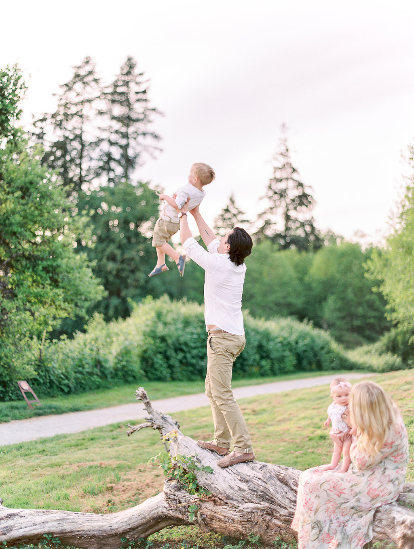 Hibbs Family Love Father Son Mother Daughter Film Monika Hibbs